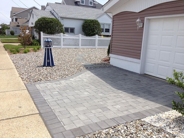 EP Henry Driveway Pavers - Pewter Blend and Charcoal colors
